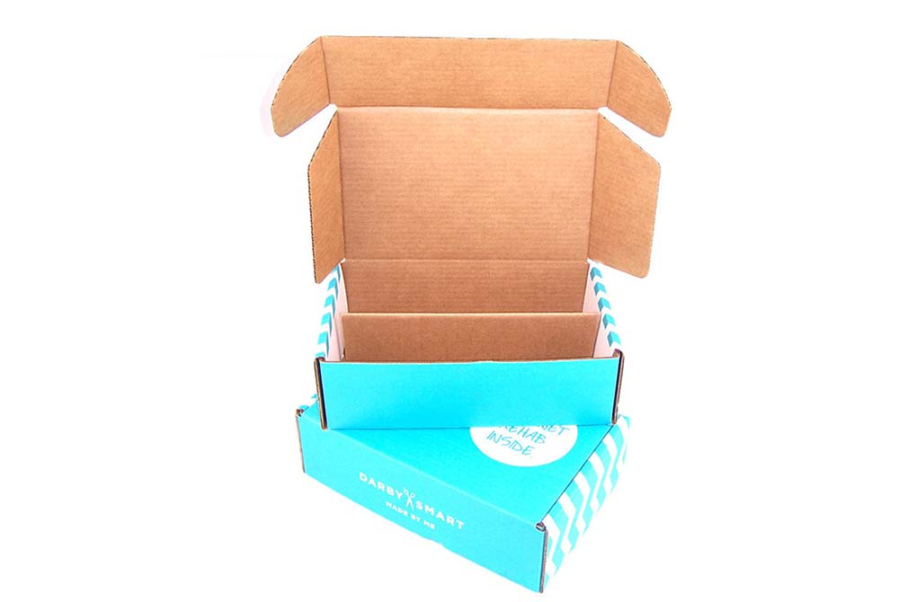 custom apparel boxes mailing package
