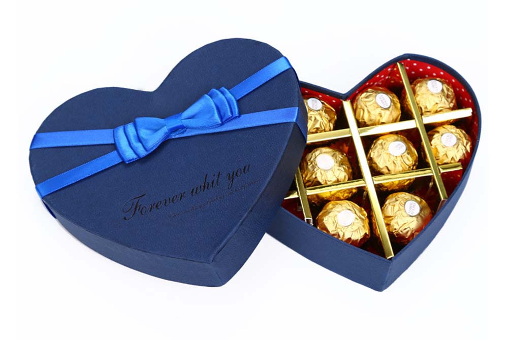 lovely heart box for chocolate candy