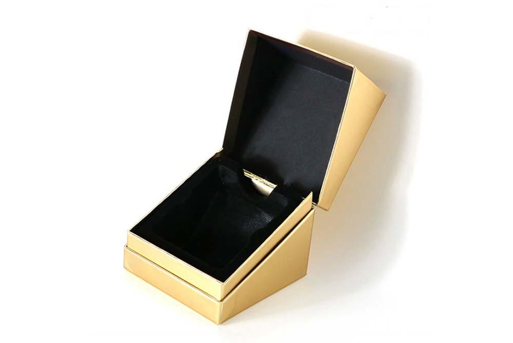 cardboard cosmetic packaging