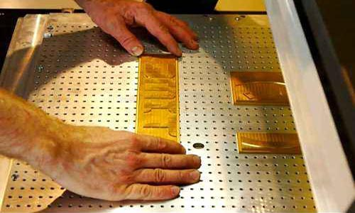 hot foil stamping procedure