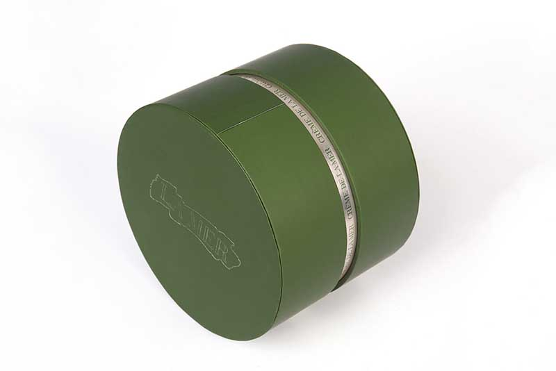 round cardboard cosmetic containers